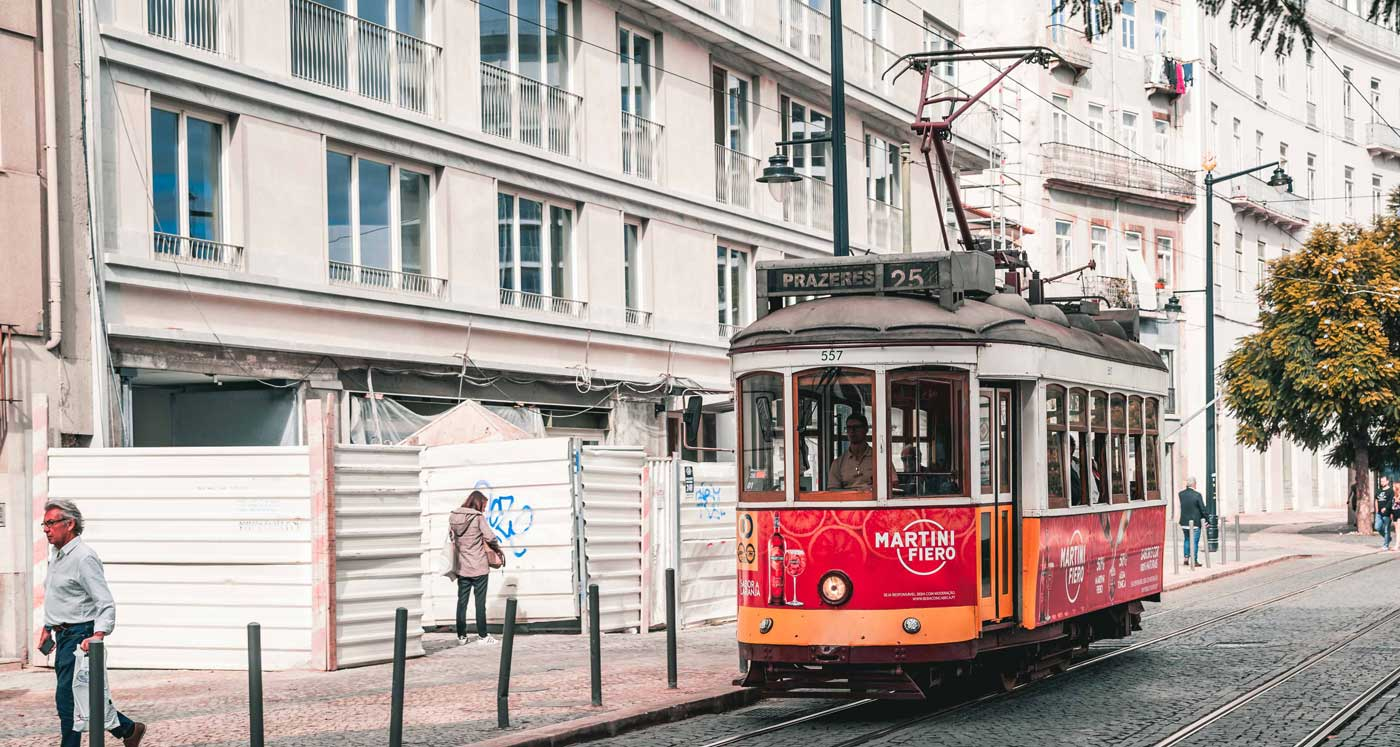 lisbon_street_01